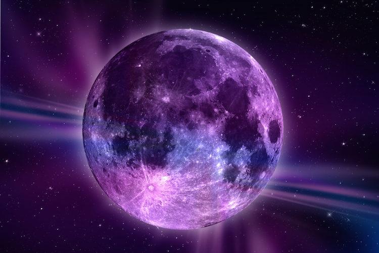 La luna rosada y sus poderes mágicos