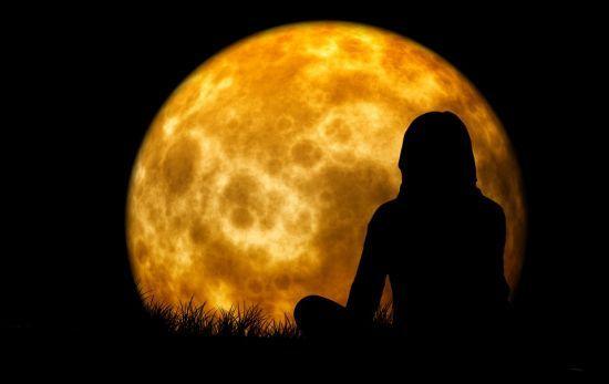 luna llena meditar meditacion