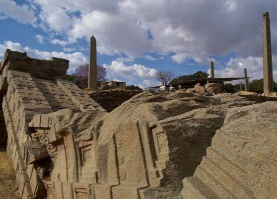 Reino de aksum obeliscos